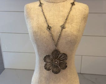 Antique sterling silver filigree flower necklace