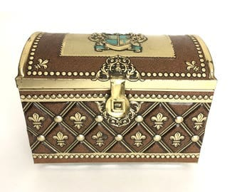 Vintage Treasure Chest Tin Box Pirate Booty Catchall Trinket Storage Recipe Box Fleur de Lis Gold Coat of Arms