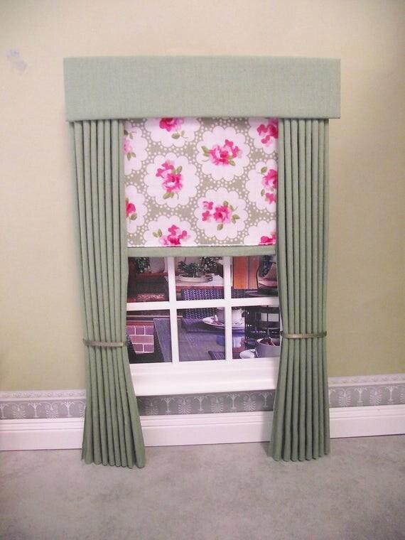 Miniatura bambola casa arredamento verde salvia pack tende for Arredamento in miniatura