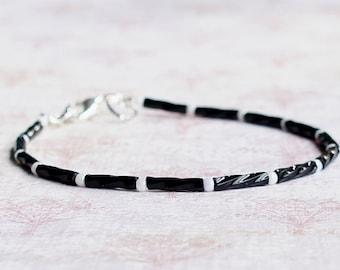 Black And White Bracelet, Seed Bead Bracelet, Stacking Bracelet, Minimalist Bracelet, Dainty Bracelet, Simple Bracelet, Beaded Bracelet