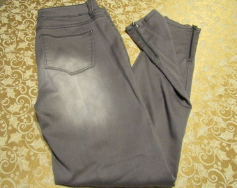 Grey/Black Wash Skinny Jeans - Size 9 Juniors