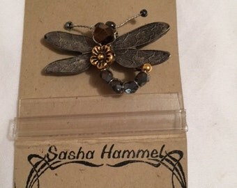 Vintage Unique Dragonfly pin brooch
