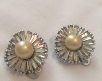 Vintage Jomaz rhinestone and faux pearl clip earrings