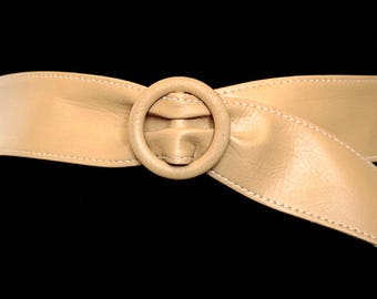 """Faux Leather Cinch Belt,Vintage Beige - Pale Tan Belt,Vegan Leather Belt,Waist Cincher,Imitation Leather Belt,Adjustable Belt,Fits up to 35"""""""