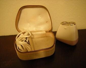 vintage lady norelco-lady razor-razor and pouch-lavender and white-bathroom decor-retro-