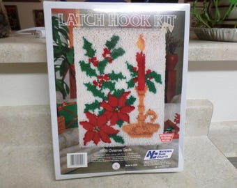 Vintage Latch Hook Kit Christmas Candle 18 x 24 in.
