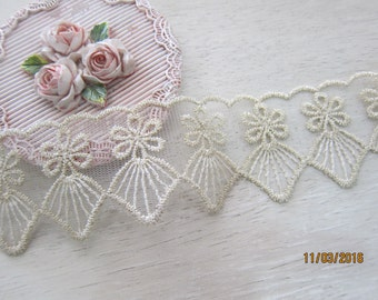 1 yard-Vintage Gold Thread Embroidered Lace/NRL113-Delicate Venice Lace/