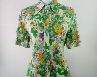 1970s Floral Botanical polyester knit Blouse long collar hippie psychedelic