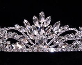 Style # 16009 - Pageant Perfect Crown