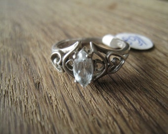 Sterling Silver Faceted Chrystal Cut Out Heart Ring Size 8 (168)