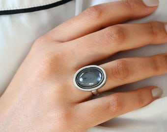 Silver Glass Ring  - Glass Ring - Size 6.5 Ring For Women - Bubble Glass Ring - Oval Shape Silver Ring