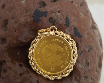 Cook Islands 999.9 Gold 5 Dollar Coin in 18k Gold Bezel w/Bale -EB645
