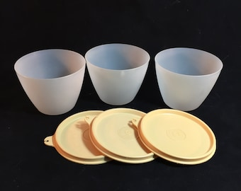 Vintage Tupperware Clear Refrigerator Bowls With Almond Gold Lids, Set of 3