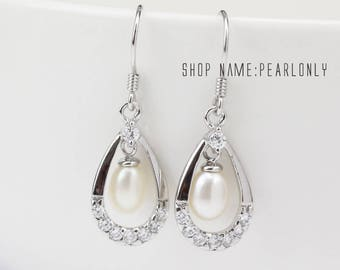 chandelier pearl earings,bridal pearl earrings,crystal bridal earings,dangle pearl earring,drop pearl earings,pearl drop earings pearl ER073