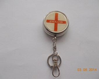 Sale on 1 unique England Keyring  for someone special