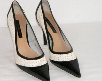 EbOnY & IvoRY / Perforated Leather Spectator Heels Stilettos BANDOLINO black white two tone high heel shoes Dress Pumps 7 M