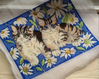 Tapestry cushion, picture, seat pad project, to complete, complete Kittens tapestry