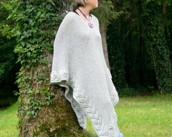 Chunky Poncho, Plus Size Poncho,  Over Size Poncho, knitted Cowl, Oversized Poncho Gray, knitted Poncho, Poncho for Women