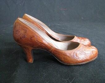 Mitla Alta Calidas vintage incised leather pumps-6.5/7-rockabilly-NWOB