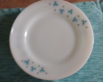 Set of 8 Vintage milk glass atomic print dishes. Phoenix Opalware 025 dishes. Atomic print.