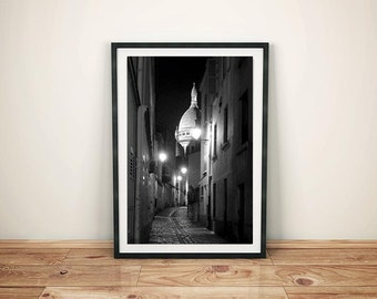 Fine ART Print of Paris  -  Montmartre and Sacré Coeur by Night Photo in Black and White Paris Atmosphere Street View Picture Poster France