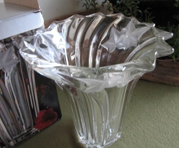 Mikasa Parisian Ivy Flower Vase Crystal Florist Ware Original