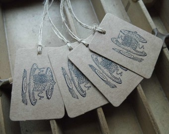 Letterpress gift tags cake on Kraft card - pack of 4 small