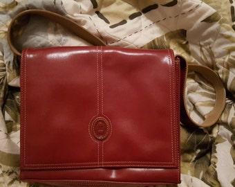 Vintage Mondani Red Faux Leather Shoulder Bag Purse, Mondani Red Faux Leather Handbag