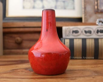 Small Red Vase 945-10 / West German Pottery / Mid Century Modernist Fat Lava Ceramics