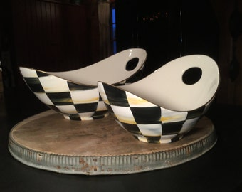 Set of 2 nesting bowls/hand piainted black and white checkered/serving bowls