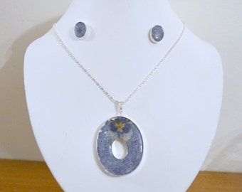 Ornament necklace, earrings, inclusion of natural flowers, mounted on Silver 925/1000 (FDPC)