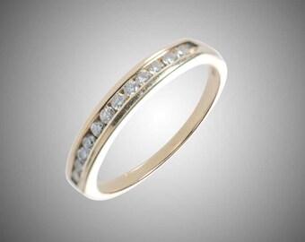 14k yellow gold & 12 diamonds band