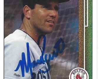 Marty Barrett AUTOGRAPHED Baseball Trading Card (1989 Upper Deck #173) Boston Red Sox