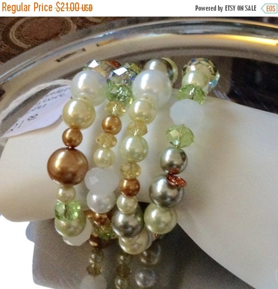 INVENTORY REDUCTION SALE- Green Is Golden Memory Wire Bracelet
