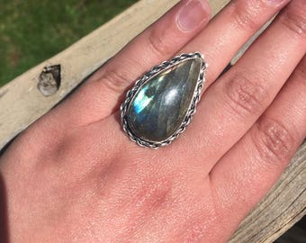 Large Vintage Natural Labradorite Sterling Silver Pear Cabachon Ring