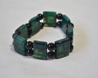 Green Agate Black Bead Rectangle Panel Stretch Bracelet