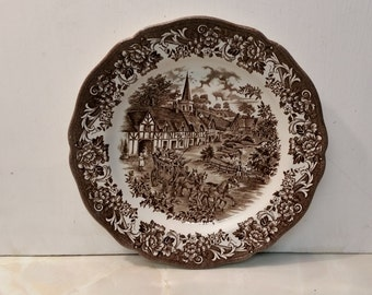 Vintage English Country Scene with Horse Coach and Inn Plate