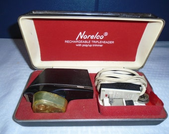 Vintage Norelco Razor / early rechargeable Razor / electric razor / electric shaver / shaver / Razor / Norelco razor / Norelco triple header