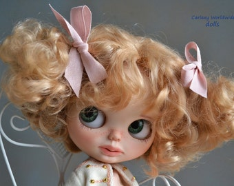 Customized Blythe doll by Carlaxy Reserved to Terri   2º payment of 6