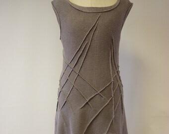 Beautiful feminine grey linen tunic, M size.