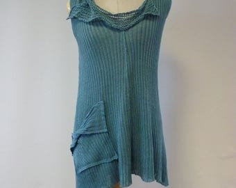 Special price. Knitted blue top, M size. Perfect for Summer, made of linen.