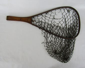 Vintage wood fishing net with string net