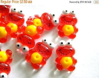 HALF PRICE 5 Red Glitter Frog Resin Flatbacks - Resin Cabochons