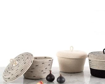Lidded Basket / Nursery Storage / Kitchen Accessories / Black