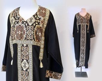 Vintage gold embroidered Caftan 70s 1970s Kaftan hippie festival boho maxi dress/long black robe women/ethnic tribal kashmir morocco india
