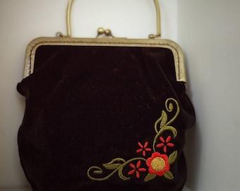 Vintage Embroidery Black Velvet Evening Purse