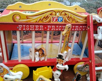 RARE-1962 Fisher Price Circus Wagon #900 - Loaded