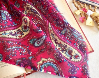 Paisley Gauze Fabric, %100 Cotton, Summer Fabric, Sheer Gypsy Fabric, Light & Thin Fabric, Fuchsia, by the Yard/Metre, KY-009