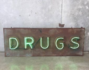 """Large Neon Marque """"DRUGS"""" Vintage Sign (N9W1E2)"""