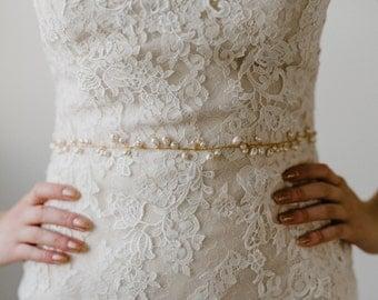 Pearl Bridal Belt | Freshwater Pearl Bridal Sash | Pearl Beaded Bridal Belt | Gold Pearl Wedding Sash | Pearl Wedding Belt | Gold Daria Sash